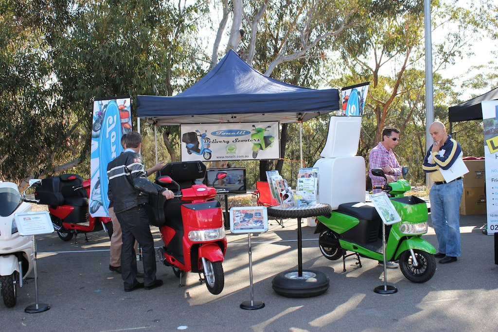 Tonelli-delivery-scooter-sydney-scooter-show-4